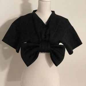 """boohoo"" crop top With Large Bow In Front."